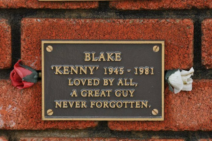 Kenny's plaque at the TT